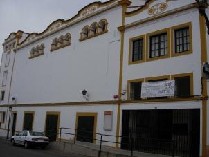 Fachada Los Santos de Maimona
